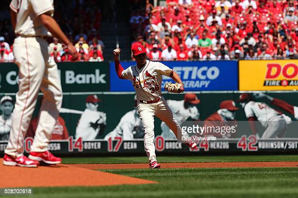 Aledmys Diaz of the St Louis Cardinals throws against the Cincinnati Reds at Busch Stadium on April 16 2016 in St Louis Missouri