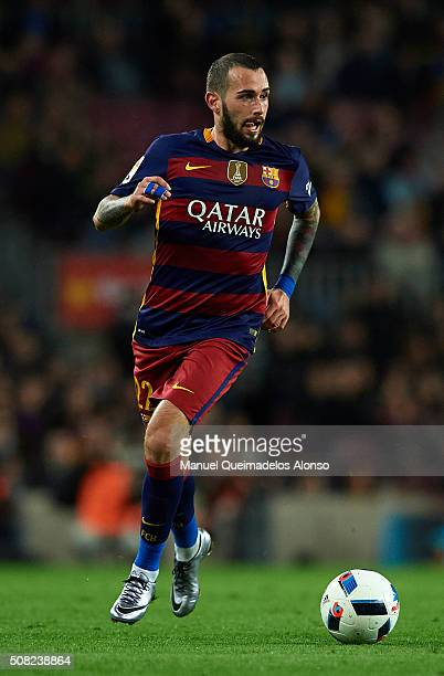 Aleix Vidal of Barcelona runs with the ball during the Copa del Rey Semi Final first leg match between FC Barcelona and Valencia CF at Nou Camp on...