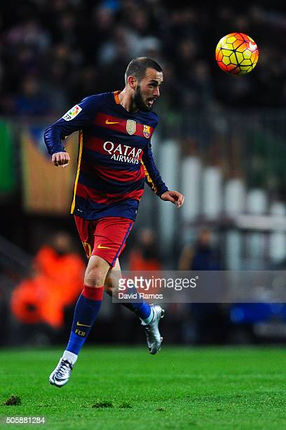 Aleix Vidal of FC Barcelona runs with the ball during the La Liga match between FC Barcelona and Athletic Club de Bilbao at Camp Nou on January 17...