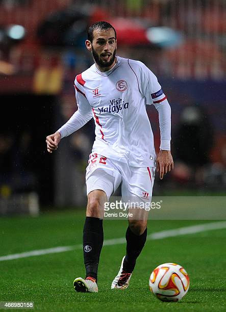 Aleix Vidal of FC Sevilla in action during the UEFA Europa League Round of 16 Second Leg match between FC Sevilla and Villarreal CF at Estadio Ramon...