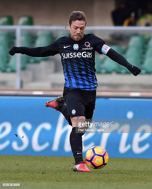 Alejando Gomez of Atalanta BC in action during the Serie A match between AC ChievoVerona and Atalanta BC at Stadio Marc'Antonio Bentegodi on January...