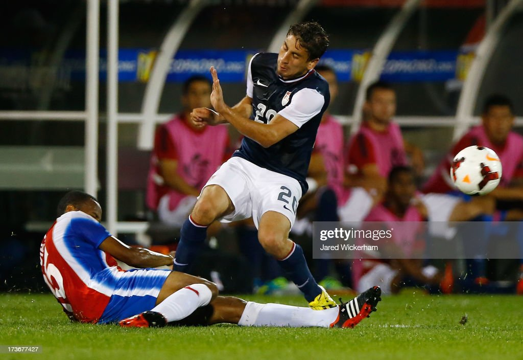 Alejandro Bedoya #20 of the United States fouls Junior Diaz #15 of Costa Rica in the second half during the CONCACAF Gold Cup match at Rentschler Field on July 16, 2013 in East Hartford, Connecticut.