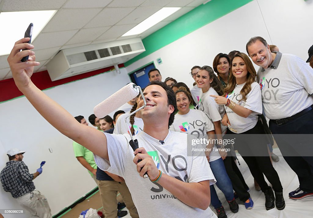 Alejandro Berry, Lindsay Casinelli and Raul de Molina are seen during Univision's Media Centers/Week of Service at Ruben Dario Middle School on April 29, 2016 in Miami, Florida.