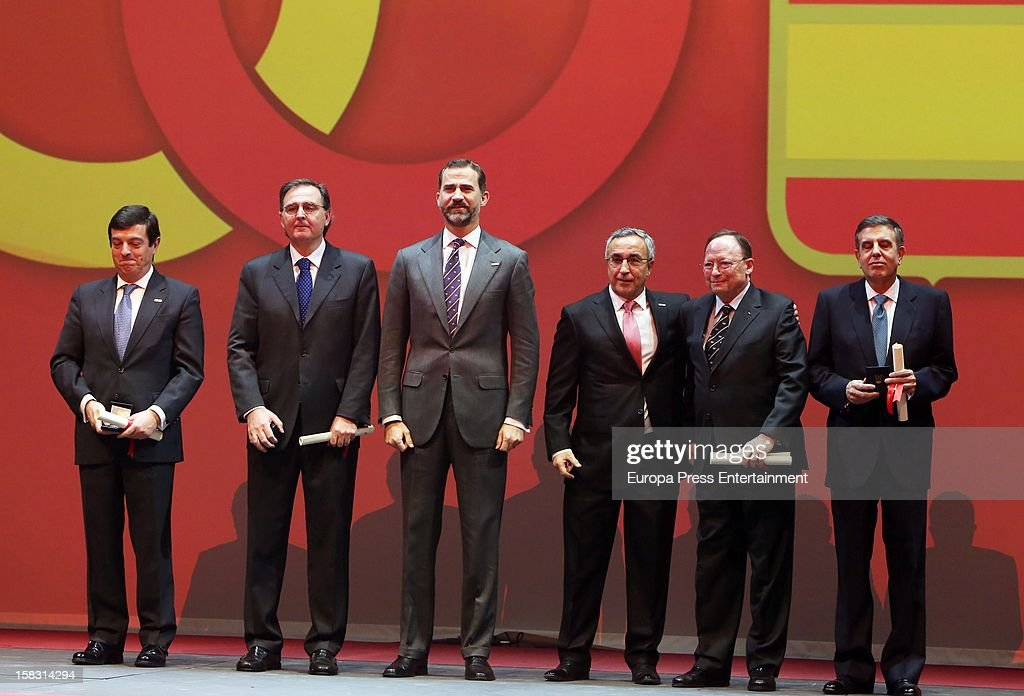 Alejandro Blanco (3R) and Prince Felipe of Spain (4R) attend Spanish Olympic Commitee Centenary Gala at El Canal Theatre on December 12, 2012 in Madrid, Spain.