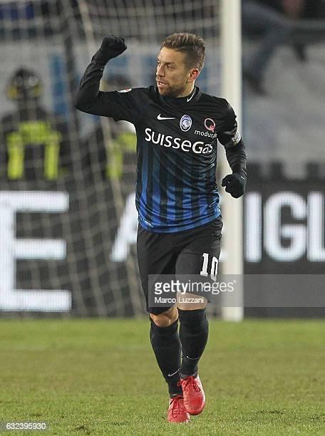 Alejandro Dario Gomez of Atalanta BC celebrates after scoring the opening goal during the Serie A match between Atalanta BC and UC Sampdoria at...