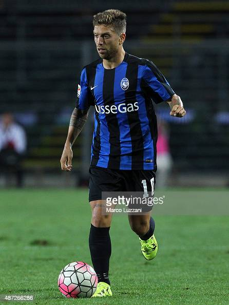 Alejandro Dario Gomez of Atalanta BC in action during the Serie A match between Atalanta BC and Frosinone Calcio at Stadio Atleti Azzurri d'Italia on...