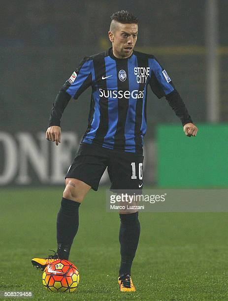 Alejandro Dario Gomez of Atalanta BC in action during the Serie A match between Atalanta BC and US Sassuolo Calcio at Stadio Atleti Azzurri d'Italia...