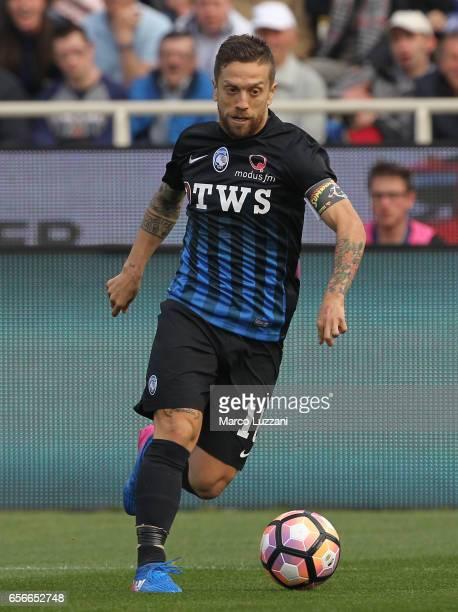 Alejandro Dario Gomez of Atalanta BC in action during the Serie A match between Atalanta BC and Pescara Calcio at Stadio Atleti Azzurri d'Italia on...
