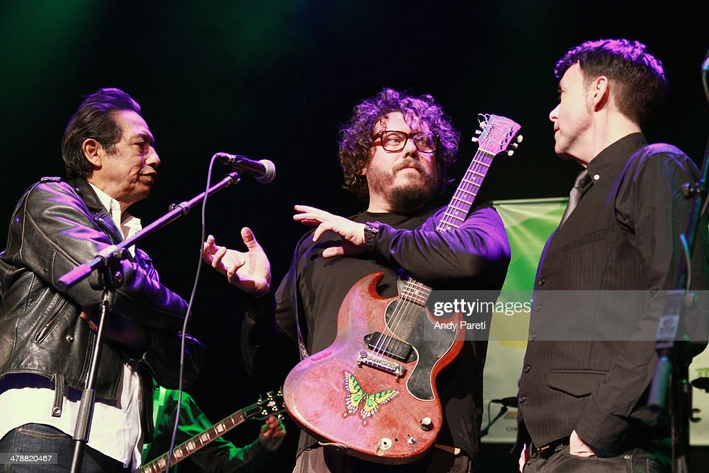 <a gi-track='captionPersonalityLinkClicked' href=/galleries/search?phrase=Alejandro+Escovedo&family=editorial&specificpeople=2529465 ng-click='$event.stopPropagation()'>Alejandro Escovedo</a>, <a gi-track='captionPersonalityLinkClicked' href=/galleries/search?phrase=Bobby+Bare+Jr.&family=editorial&specificpeople=2501526 ng-click='$event.stopPropagation()'>Bobby Bare Jr.</a> and Richard Barone perform onstage at the Lou Reed Tribute during the 2014 SXSW Music, Film + Interactive Festival at Paramount Theatre on March 14, 2014 in Austin, Texas.