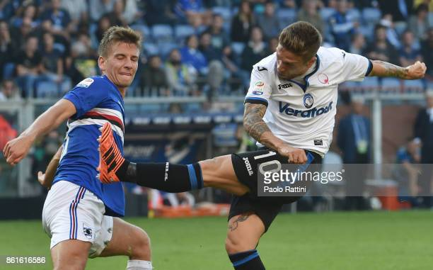 Alejandro Gomez and Dennis Praet during the Serie A match between UC Sampdoria and Atalanta BC at Stadio Luigi Ferraris on October 15 2017 in Genoa...