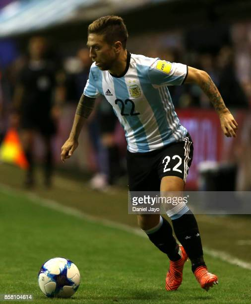 Alejandro Gomez of Argentina drives the ball during a match between Argentina and Peru as part of FIFA 2018 World Cup Qualifiers at Estadio Alberto J...
