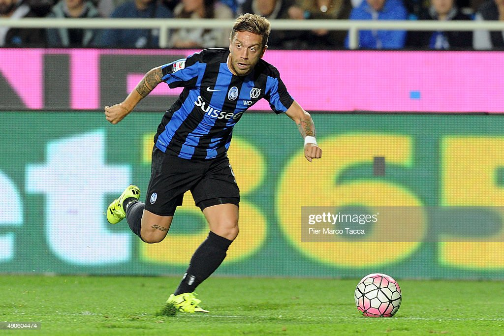 Alejandro Gomez of Atalanta BC in action during the Serie A match between Atalanta BC and UC Sampdoria at Stadio Atleti Azzurri d'Italia on September 28, 2015 in Bergamo, Italy.