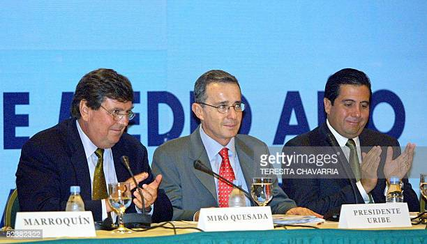 Alejandro Miro presidente de la Sociedad Interamericana de Prensa y director del diario El Comercio de Peru y Martin Torrijos presidente de Panama...