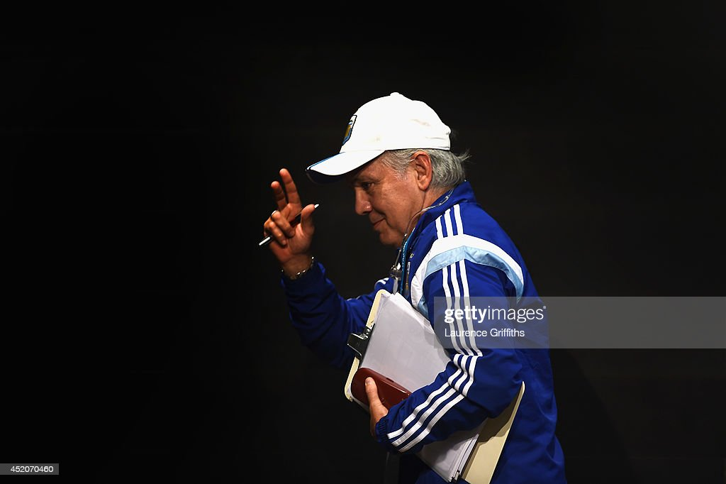 <a gi-track='captionPersonalityLinkClicked' href=/galleries/search?phrase=Alejandro+Sabella&family=editorial&specificpeople=5768060 ng-click='$event.stopPropagation()'>Alejandro Sabella</a> of Argentina faces the media during a press conference at Maracana on July 12, 2014 in Rio de Janeiro, Brazil.