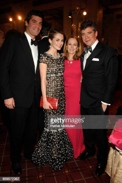Alejandro Santo Domingo Amanda Hearst Anne Hearst McInerney and Jay McInerney attend The 2009 ALZHEIMER's ASSOCIATION RITA HAYWORTH GALA Themed 'SO...