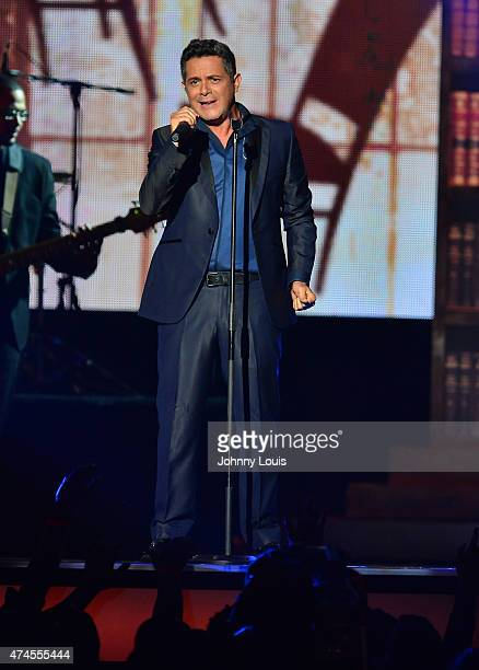Alejandro Sanz performs at 2015 Billboard Latin Music Awards presented by State Farm on Telemundo at Bank United Center on April 30 2015 in Miami...