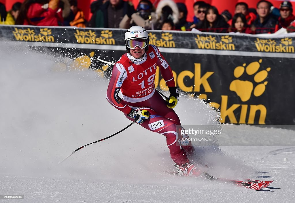 Aleksander Aamodt Kilde of Norway arrives at the finish line during the 8th men's super G event at the FIS Alpine Ski World Cup at the Jeongseon Alpine Centre in Jeongseon county, some 150 kms east of Seoul, on February 7, 2016. The FIS Ski Men's World Cup runs from February 6 to 7 and is the first official test event for the Pyeongchang 2018 Winter Olympics. AFP PHOTO / JUNG YEON-JE / AFP / JUNG YEON-JE
