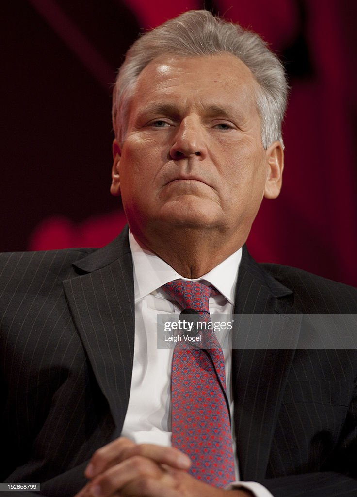 <a gi-track='captionPersonalityLinkClicked' href=/galleries/search?phrase=Aleksander+Kwasniewski&family=editorial&specificpeople=171152 ng-click='$event.stopPropagation()'>Aleksander Kwasniewski</a>, Former President of Poland, speaks during The Concordia Summit at The Plaza Hotel on September 27, 2012 in New York City.