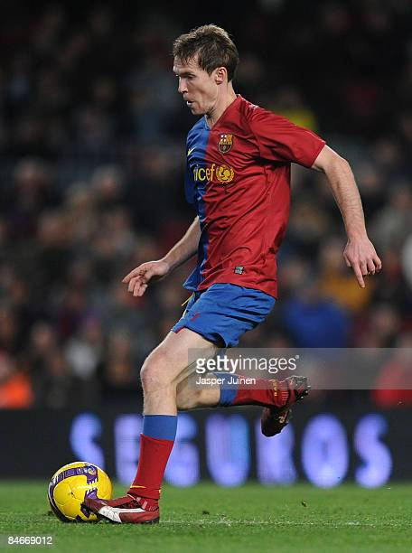 Aleksandr Hleb of Barcelona strikes the ball during the Copa del Rey semi final first leg match between Barcelona and Mallorca at the Camp Nou...