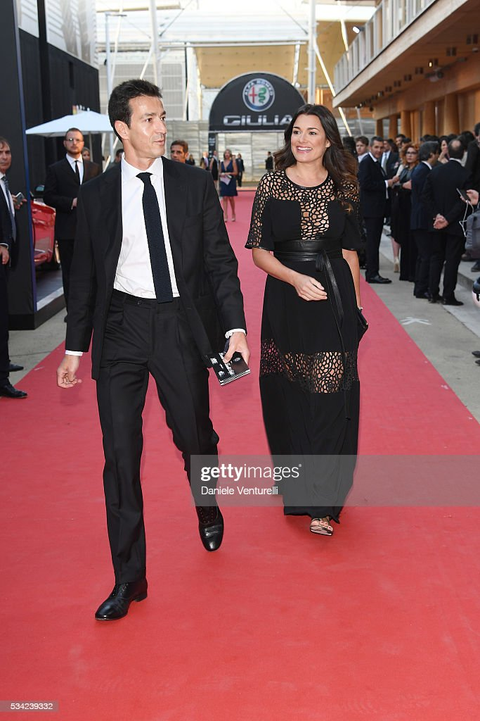 <a gi-track='captionPersonalityLinkClicked' href=/galleries/search?phrase=Alena+Seredova&family=editorial&specificpeople=453532 ng-click='$event.stopPropagation()'>Alena Seredova</a> and Alessandro Nasi walk the red carpet of Bocelli and Zanetti Night on May 25, 2016 in Rho, Italy.