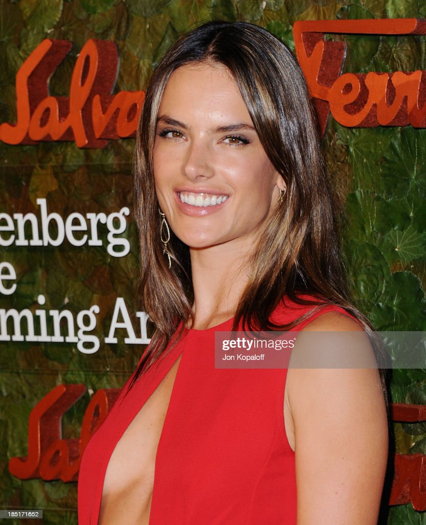 <a gi-track='captionPersonalityLinkClicked' href=/galleries/search?phrase=Alessandra+Ambrosio&family=editorial&specificpeople=203062 ng-click='$event.stopPropagation()'>Alessandra Ambrosio</a> arrives at the Wallis Annenberg Center For Performing Arts Inaugural Gala at Wallis Annenberg Center for the Performing Arts on October 17, 2013 in Beverly Hills, California.