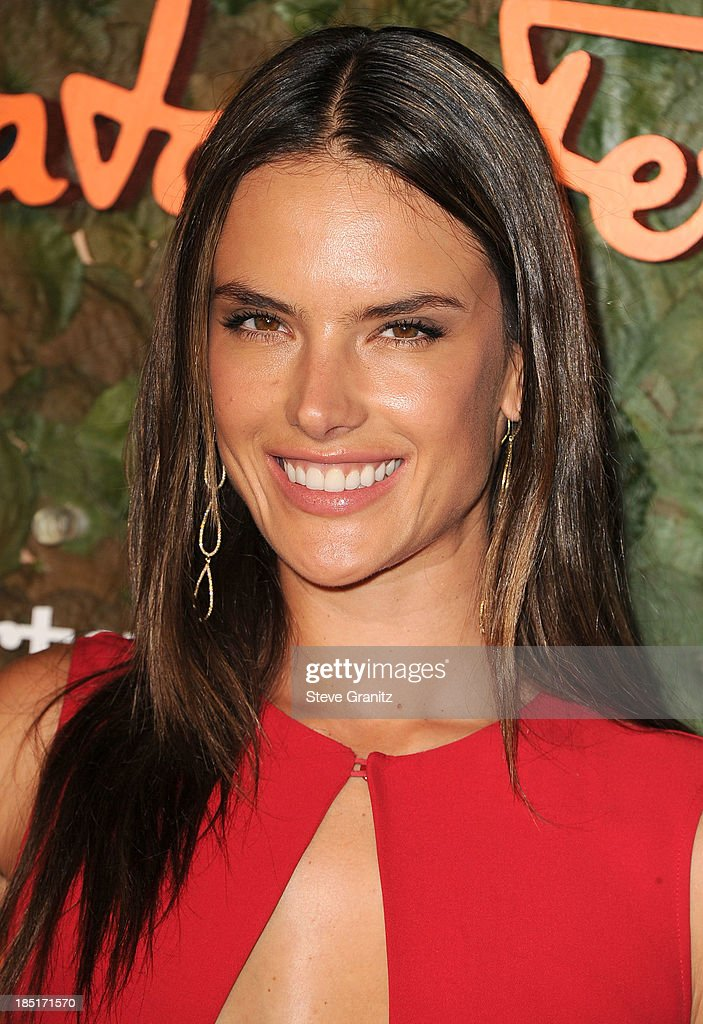 <a gi-track='captionPersonalityLinkClicked' href=/galleries/search?phrase=Alessandra+Ambrosio&family=editorial&specificpeople=203062 ng-click='$event.stopPropagation()'>Alessandra Ambrosio</a> arrives at the Wallis Annenberg Center For The Performing Arts Inaugural Gala at Wallis Annenberg Center for the Performing Arts on October 17, 2013 in Beverly Hills, California.