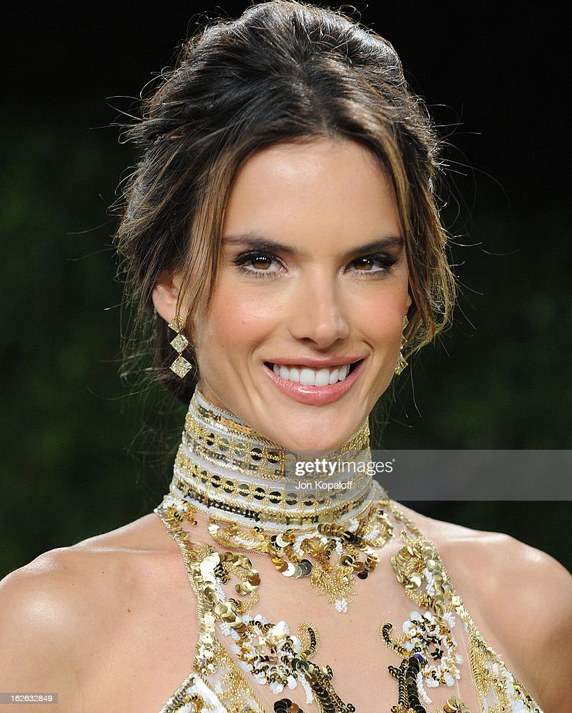 Alessandra Ambrosio attends the 2013 Vanity Fair Oscar party at Sunset Tower on February 24, 2013 in West Hollywood, California.