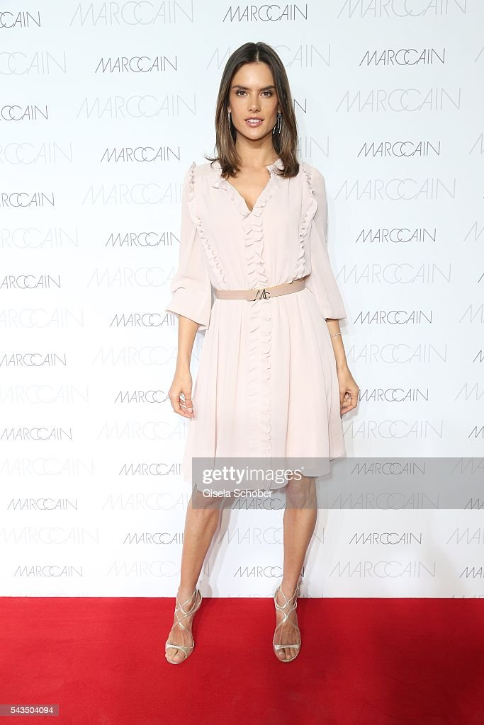 <a gi-track='captionPersonalityLinkClicked' href=/galleries/search?phrase=Alessandra+Ambrosio&family=editorial&specificpeople=203062 ng-click='$event.stopPropagation()'>Alessandra Ambrosio</a> during the Marc Cain fashion show spring/summer 2017 at CITY CUBE Panorama Bar on June 28, 2016 in Berlin, Germany.