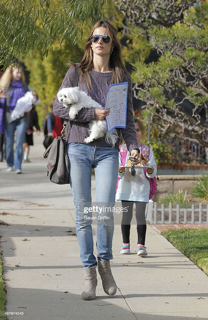 Alessandra Ambrosio is seen as she picks her daughter, Anja Mazur, up from school on December 19, 2013 in Los Angeles, California.