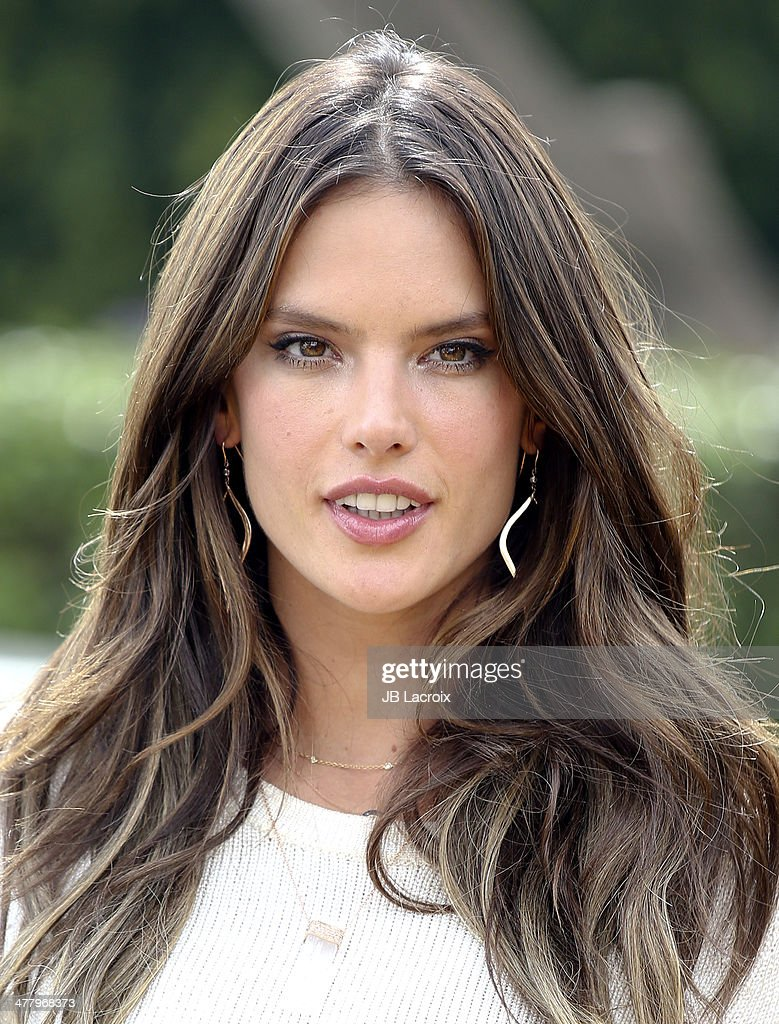 <a gi-track='captionPersonalityLinkClicked' href=/galleries/search?phrase=Alessandra+Ambrosio&family=editorial&specificpeople=203062 ng-click='$event.stopPropagation()'>Alessandra Ambrosio</a> is seen on March 11, 2014 in Los Angeles, California.