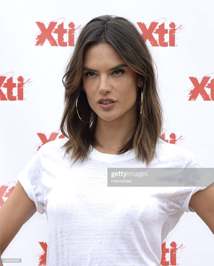 Alessandra Ambrosio presents the 'Xti' shoes spring-summer 2016 campaign at the ME Hotel on April 29, 2016 in Madrid, Spain.