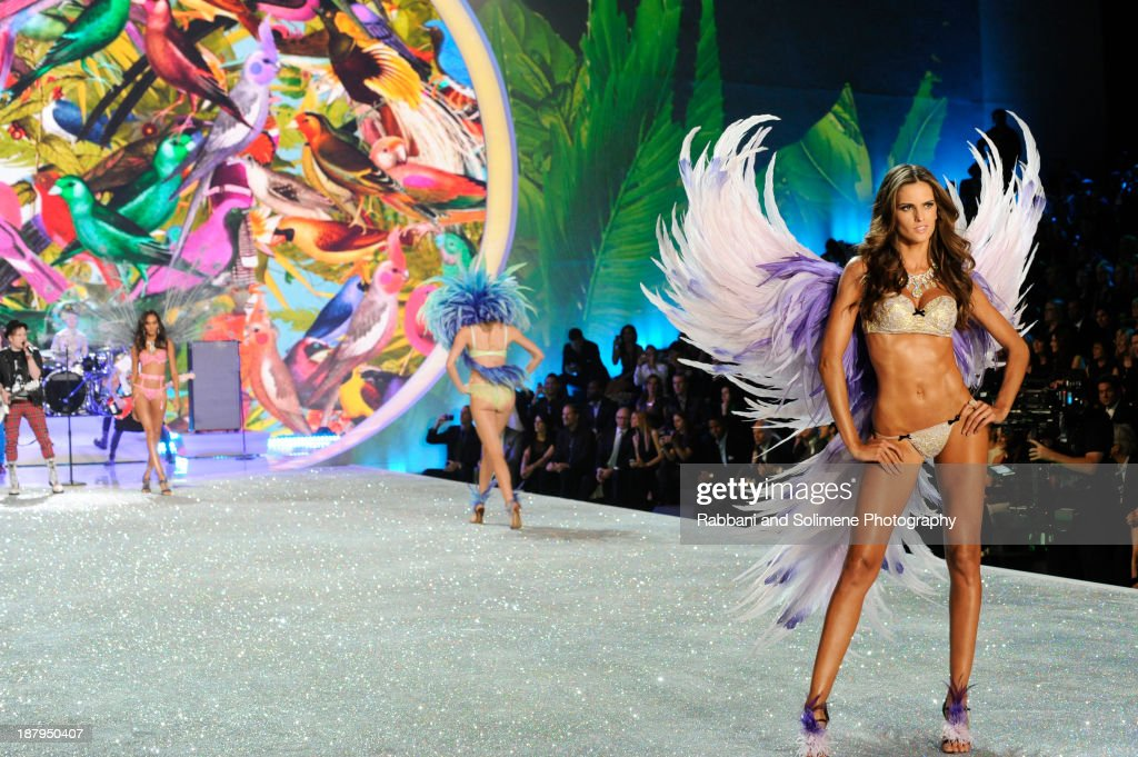 Alessandra Ambrosio walks in the 2013 Victoria's Secret Fashion Show at Lexington Avenue Armory on November 13, 2013 in New York City.
