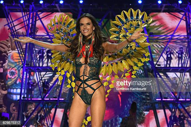Alessandra Ambrosio walks the runway during the 2016 Victoria's Secret Fashion Show on November 30 2016 in Paris France