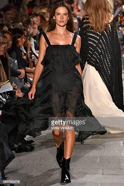 Alessandra Ambrosio walks the runway during the Philosophy di Lorenzo Serafini fashion show as part of Milan Fashion Week Spring/Summer 2016 on...