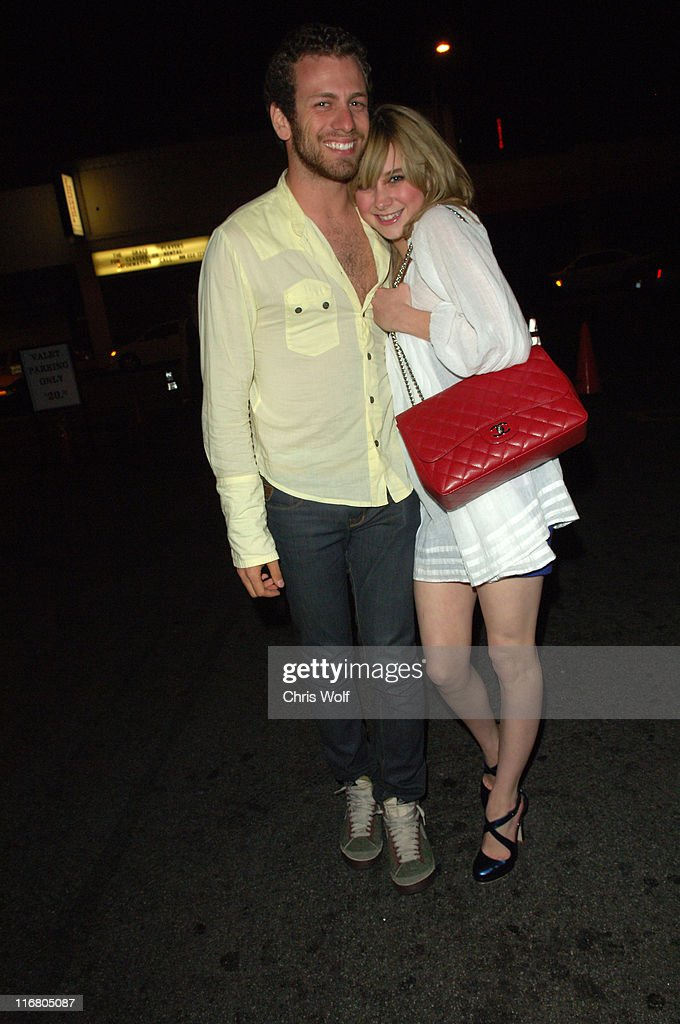 Celebrity Sightings at Le Deux - May 16, 2007