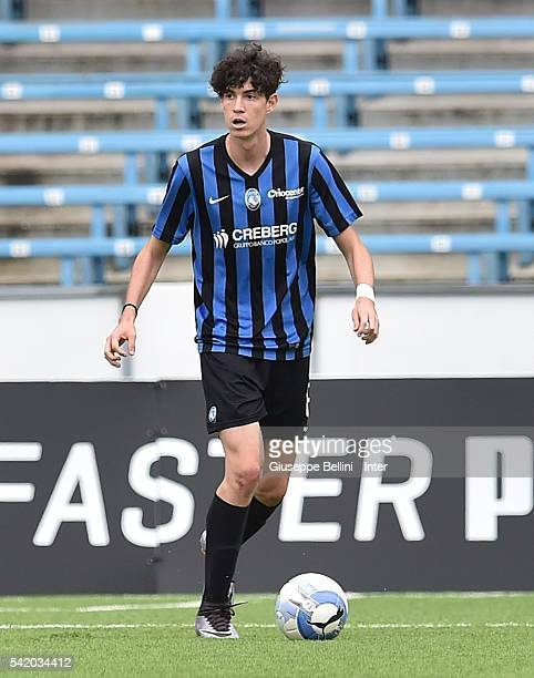Alessandro Bastoni of Atalanta Bergamasca Calcio in action during Serie A U17 Finals between FC Internazionale Milano and Atalanta Bergamasca Calcio...
