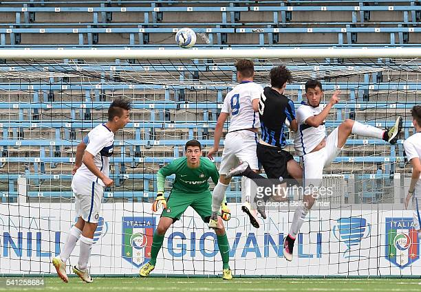 Alessandro Bastoni of Atalanta Bergamasca Calcio scores goal 11 during Serie A U17 Finals between FC Internazionale Milano and Atalanta Bergamasca...