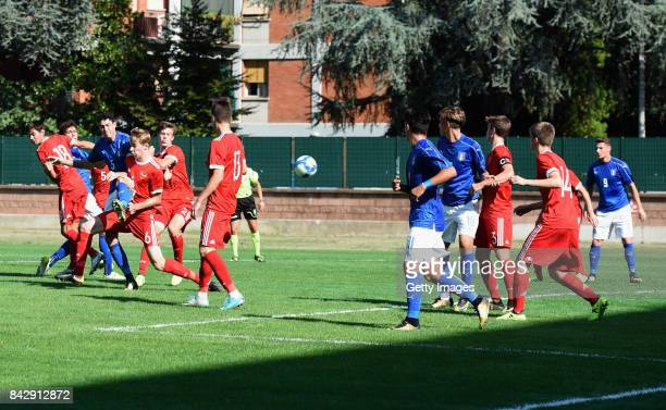 Alessandro Bastoni of Italy U19 scores the 11 gol during the match between Italy U19 and Russia U19 at Stadio Mirabello on September 5 2017 in Reggio...