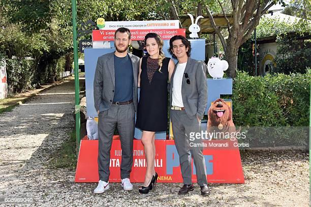 Alessandro Cattelan Laura Chiatti Francesco Mandelli attend 'Pets' Photocall In Rome on September 20 2016 in Rome Italy