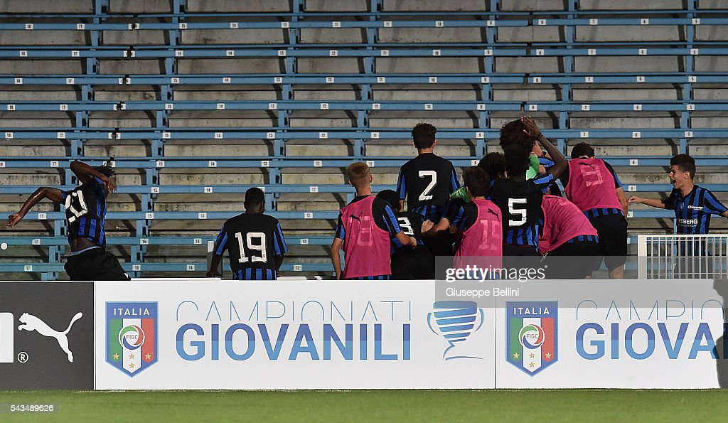 Alessandro Cortinovis of Atalanta Bergamasca Calcio celebrates after scoring the goal 0-2 during Finale U15 Professionisti between AS Roma and Atalanta Bergamasca Calcio at Dino Manuzzi Stadium on June 28, 2016 in Cesena, Italy.