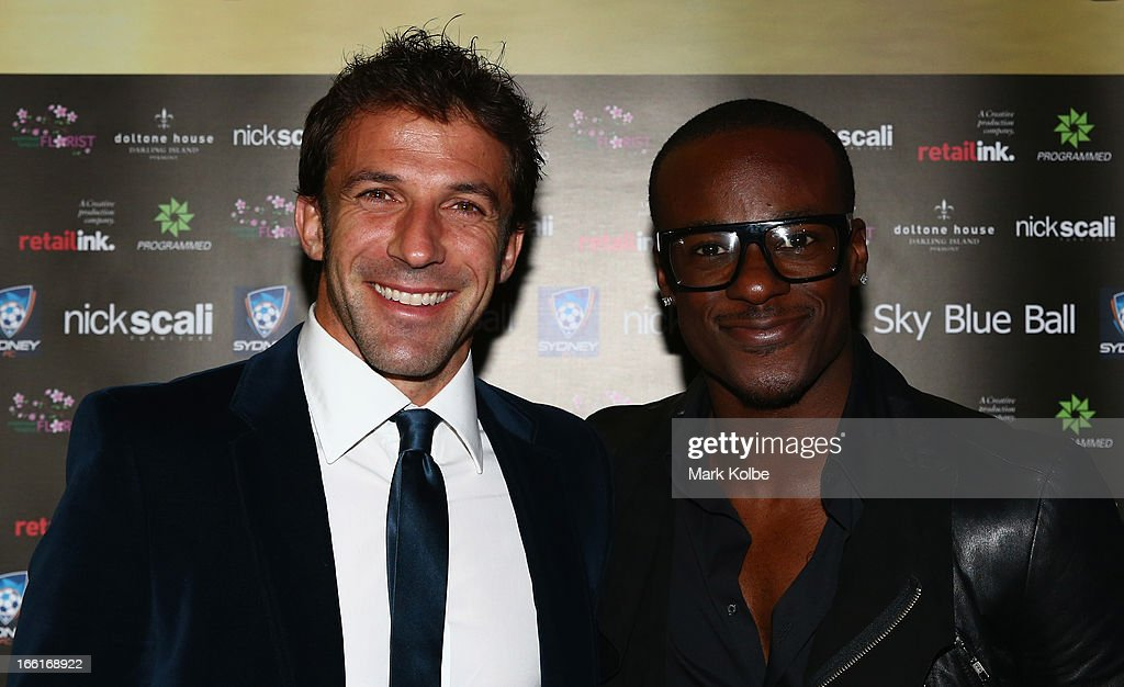 <a gi-track='captionPersonalityLinkClicked' href=/galleries/search?phrase=Alessandro+Del+Piero&family=editorial&specificpeople=206226 ng-click='$event.stopPropagation()'>Alessandro Del Piero</a> and Timomatic pose as on the red carpet at the Sydney FC Sky Blue Ball at Doltone House on April 9, 2013 in Sydney, Australia.