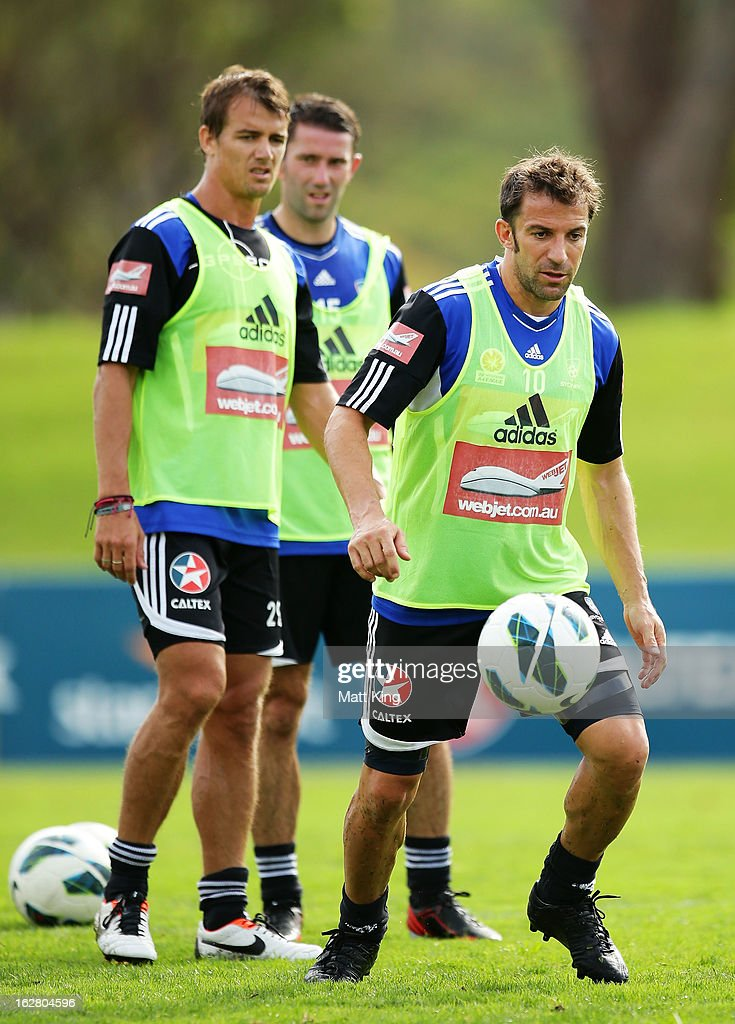 Alessandro Del Piero controls the ball during a Sydney FC A-League training session at Macquarie Uni on February 28, 2013 in Sydney, Australia.