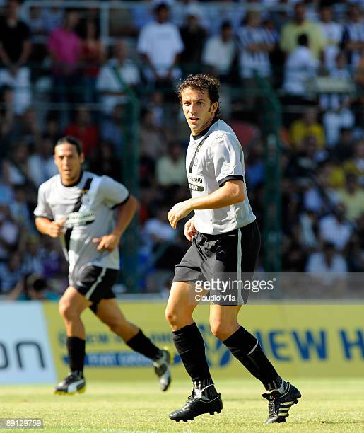 Alessandro Del Piero in action during the friendly match between Juventus and Vicenza at the'Briamasco' stadium on July 21 2009 in Trento Italy