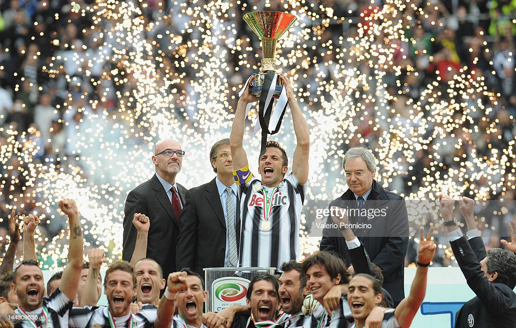 Alessandro Del Piero of Juventus FC celebrates with the Serie A trophy after the Serie A match between Juventus FC and Atalanta BC at Juventus...