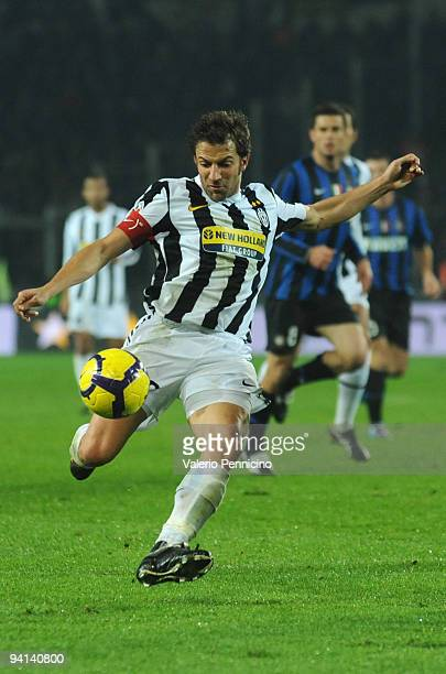 Alessandro Del Piero of Juventus FC in action during the Serie A match between Juventus and Inter Milan at Olimpico Stadium on December 5 2009 in...