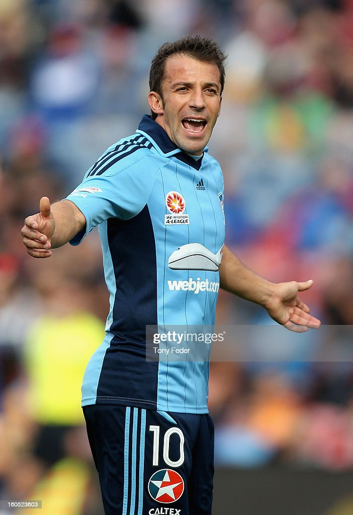 <a gi-track='captionPersonalityLinkClicked' href=/galleries/search?phrase=Alessandro+Del+Piero&family=editorial&specificpeople=206226 ng-click='$event.stopPropagation()'>Alessandro Del Piero</a> of Sydney appeals to the referee during the round 19 A-League match between the Newcastle Jets and Sydney FC at Hunter Stadium on February 2, 2013 in Newcastle, Australia.