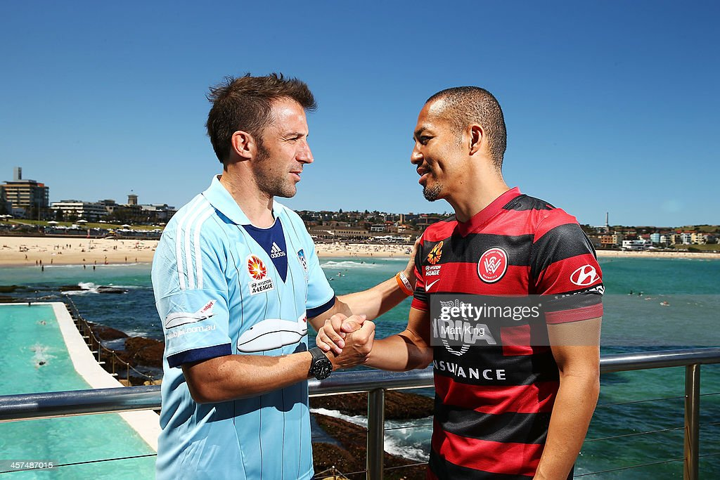 <a gi-track='captionPersonalityLinkClicked' href=/galleries/search?phrase=Alessandro+Del+Piero&family=editorial&specificpeople=206226 ng-click='$event.stopPropagation()'>Alessandro Del Piero</a> of Sydney FC (L) and <a gi-track='captionPersonalityLinkClicked' href=/galleries/search?phrase=Shinji+Ono&family=editorial&specificpeople=550970 ng-click='$event.stopPropagation()'>Shinji Ono</a> of the Western Sydney Wanderers (R) shake hands during the launch of the A-League's Summer of Football at Bondi Icebergs on December 18, 2013 in Sydney, Australia.