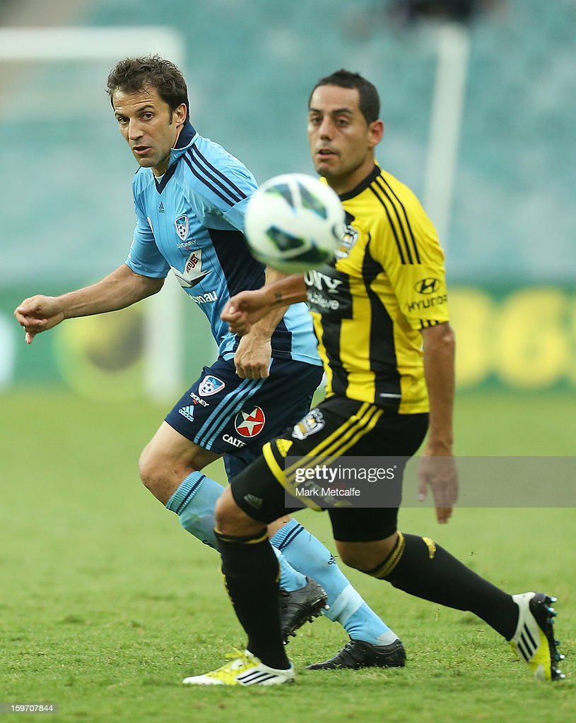 Alessandro Del Piero of Sydney FC in action during the round 17 A-League match between Sydney FC and the Wellington Phoenix at Allianz Stadium on January 19, 2013 in Sydney, Australia.