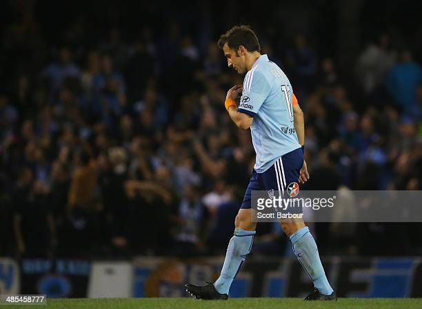 Alessandro Del Piero of Sydney FC leaves the field after losing the ALeague Elimination Final match between the Melbourne Victory and Sydney FC at...