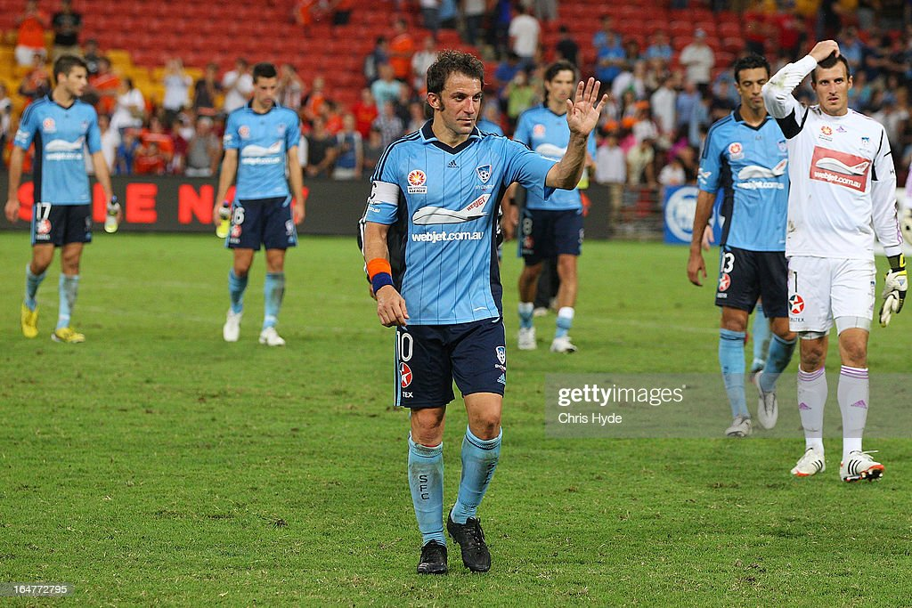 <a gi-track='captionPersonalityLinkClicked' href=/galleries/search?phrase=Alessandro+Del+Piero&family=editorial&specificpeople=206226 ng-click='$event.stopPropagation()'>Alessandro Del Piero</a> of Sydney FC leaves the stadium after losing the round 27 A-League match between the Brisbane Roar and Sydney FC at Suncorp Stadium on March 28, 2013 in Brisbane, Australia.